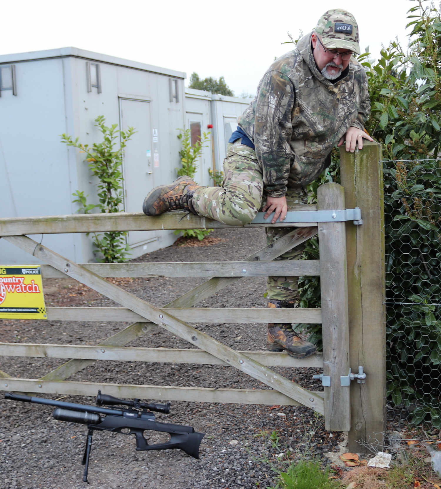 Negotiating obstacles with an airgun